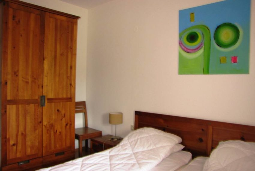 PBA1071 1 bed apartment for sale in St John Hill Bansko