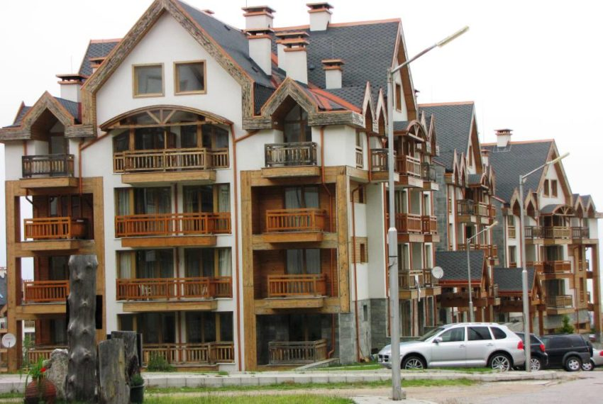 PBA1068 Studio for sale in St John Park Bansko
