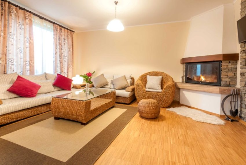 2 bedroom semi-detached house for sale in Dobrinishte near Bansko