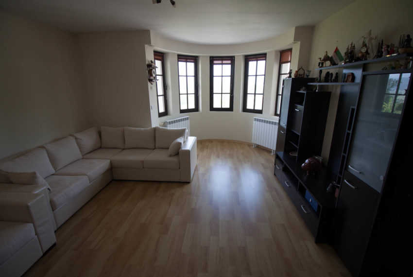 2 bedroom house for sale in Castle Lodge Bansko