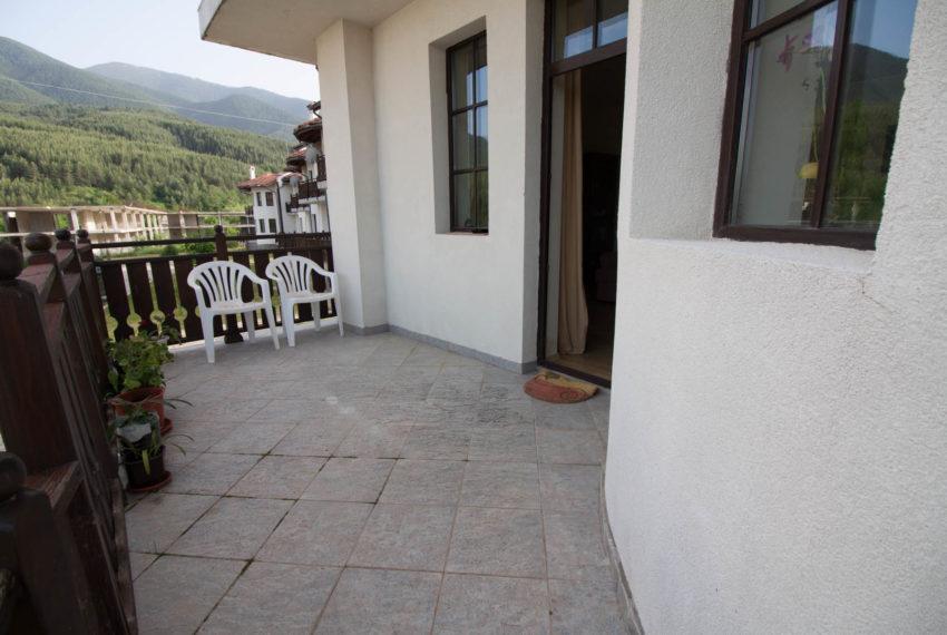 PBH1188 2 bedroom house for sale in Castle Lodge Bansko