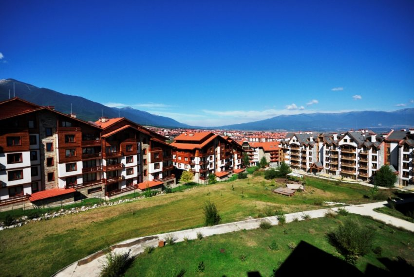2 bed duplex for sale in St John Park Bansko